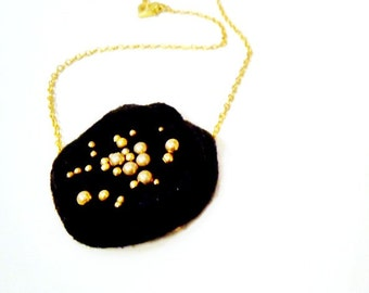 Children's Black Felt Necklace Funky Jewelry Mod Jewelry Gold Jewelry Asymmetric Chain Handmade Unique Jewellery