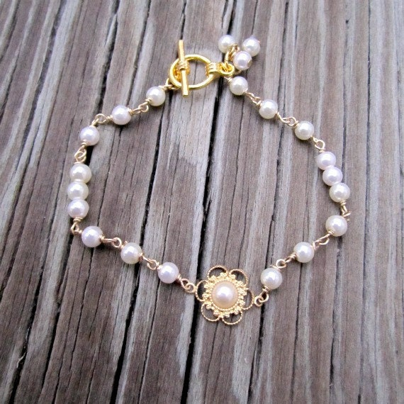 Flower Girl Pearl Bracelet Gold Jewelry Handmade Jewellery Wedding First Communion White Children Charm Dainty B-27