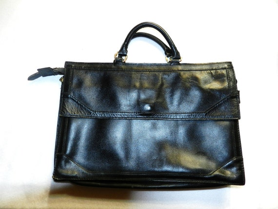 Vintage Black  Leather Messenger Brief Case / Laptop Case