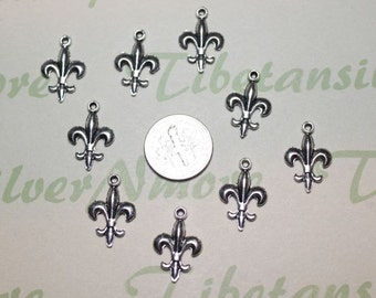 24 pcs per pack 19x12mm Fleur de Lis Charm Antique Silver Finish Lead Free Pewter