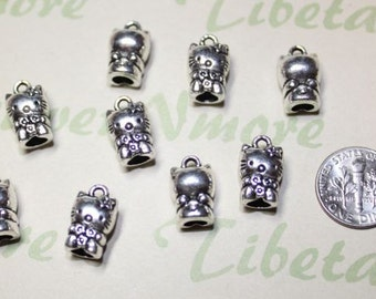 8 pcs - 15x10mm 3D full figure Hello Kitty Charm Antique Silver Finish Lead Free Pewter