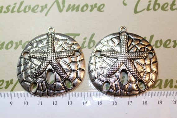 2 pcs per pack 46x49mm Large Sand Dollar Pendant Antique Silver Finish Lead Free Pewter