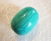 Large Oval Tibetan Turquoise/Green Crackle Resin Bead. 44mm x 31.75mm