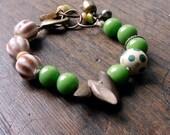 green bracelet, green and brown beaded bracelet, wooden beaded bracelet, lampwork bracelet, antique brass bracelet