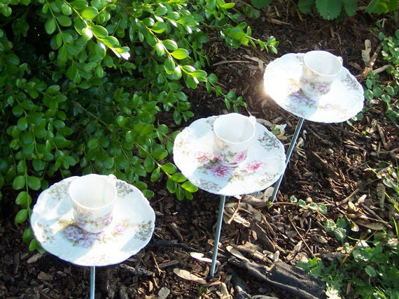 Floral Mini Tea Cup Yard Art Shabby Chic - Delicate Set of 3