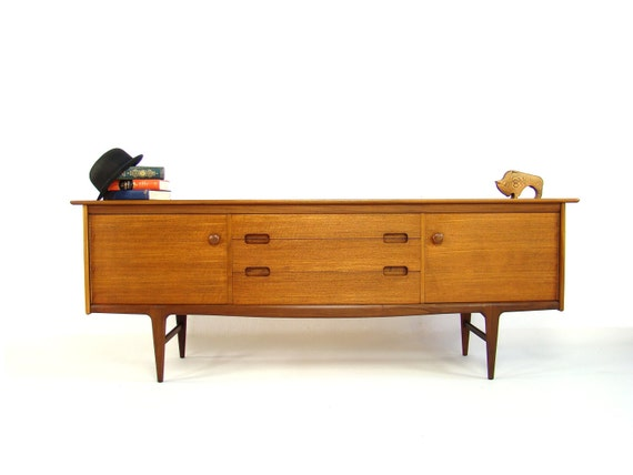 Stunning Vintage 1960's Sideboard by A Younger Ltd - Mid 20th Century Furniture