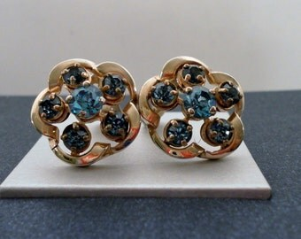 Vintage Signed Barclay Jewerly Aquamarine Rhinestone Clip Earrings -  Free Domestic Shipping.