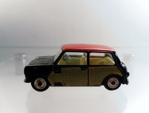 Reserved For Martha: Vintage 1965 Corgi Toys Morris Mini Cooper Deluxe Wickerwork Car No. 249 .  Peter Seller's Pink Panther Movie Mini.