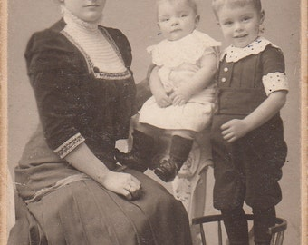 Vintage/Antique cdv of a woman with two adorable children