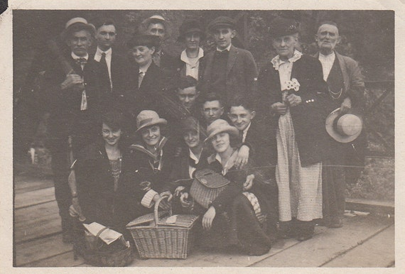 1919 Vintage/ Antique photo of a group of men & women in fancy outfits