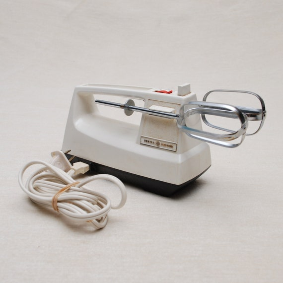 FINAL SALE - Vintage GE Electric Hand Mixer