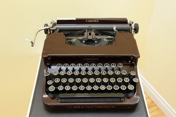 Antique 1936 Smith Corona Sterling Burgandy color Typewriter