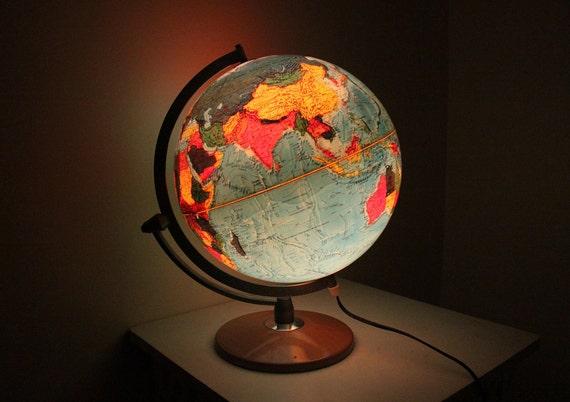 Vintage illuminate Globe Lamp By Hammond Danmark.