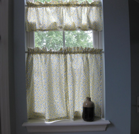 cafe kitchen curtains yellowclovers by freeleaves on etsy