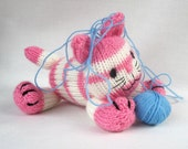Cupcake the kitten - toy cat knitting pattern - PDF INSTANT DOWNLOAD