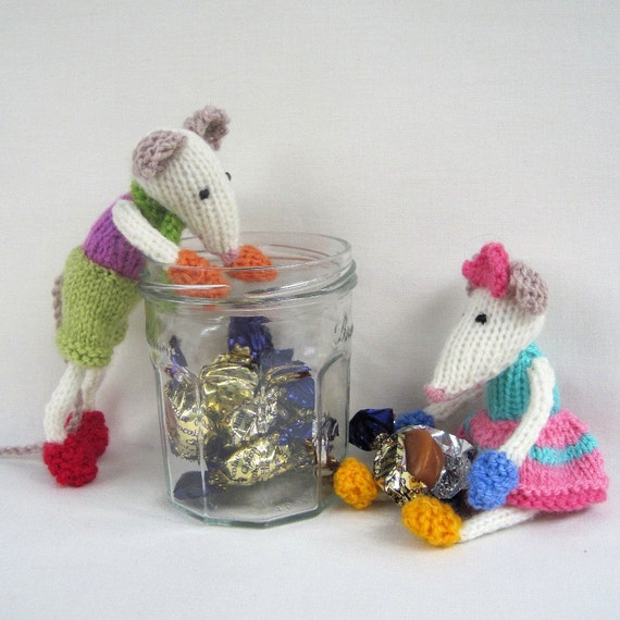 Mischievous Mice - toy mouse knitting pattern - PDF INSTANT DOWNLOAD