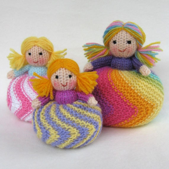 Twirling Doughnut Dolls toy doll or pincushion knitting
