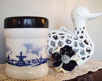 Humidor Opaline White Milk Glass Nautical Port Holland Windmill