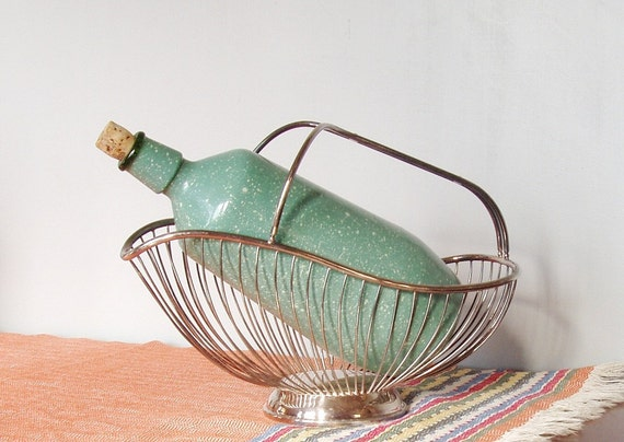 Retro Vintage Wine Bottle - Hide the Box - Serve in Style