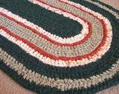 "crochet rag rug oval ""Spruce It Up"" (20"" x 35"")"