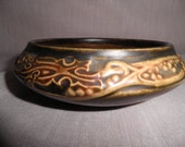 Roseville Rosecraft Panel Bowl