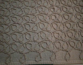 """Cabin Craft Medium BROWN or MOCHA Brown SQUIGGLES Vintage Chenille Bedspread Fabric 21"""" X 36"""""""