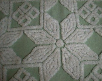 """Hofmann GREEN with WHITE Daisy, DIAMONDS and Squares Vintage Chenille Bedspread Fabric - 24"""" X 24"""""""