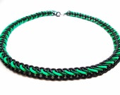 Glowing Chainmail Necklace Black & Green