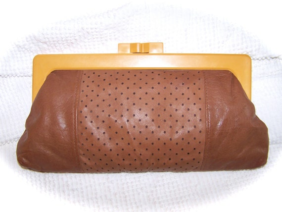 Vintage John Wind Yellow Plastic Handled Tan Leather Clutch Purse