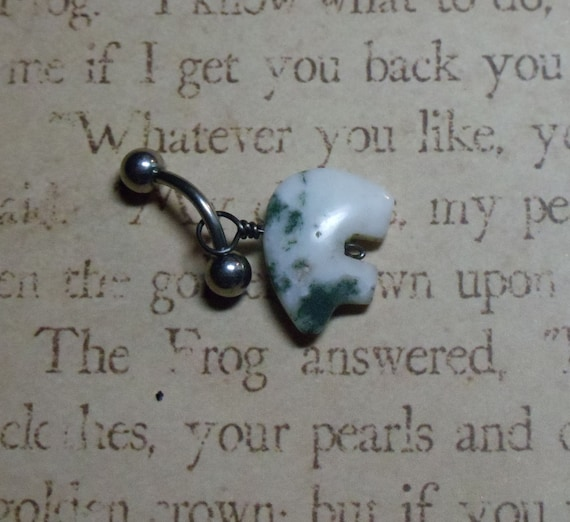 Bear Spirit in Tree Moss Agate belly ring - free shipping - T58