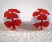 Red flower button post earrings.
