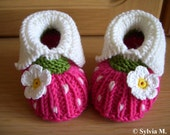 Knitted baby shoes for 0-6 months /9cm /3,5 inch - raspberry- new