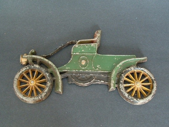 Vintage Auto Car Wall Hanging  Model T Cast Metal Plaque Wall Decor Boy's Room Sexton