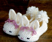 Crochet patterns baby booties Classic Year-Round Bunny House Slippers  - Pattern number 204 Instant Download