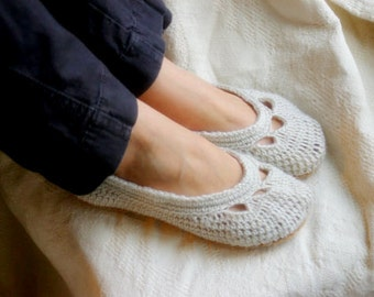 Crochet Pattern - Crochet Shoe Pattern for Yoke Ballet House Slipper PDF  Pattern number 110 - Instant Download L