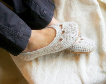 CROCHET PATTERN #110 - Crochet Pattern for Womens House Slippers -Adult Yoke Ballet Flat -  PDF instant download - Shoe pattern - gift L