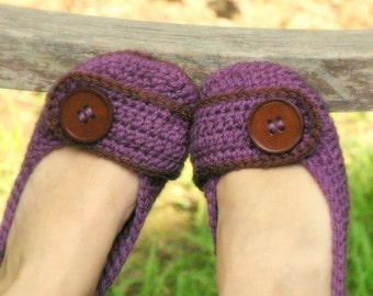 Violet Womens House Slipper PDF crochet pattern - six sizes included - Women's 5 - 10  - Pattern number 205 Instant Download kc550