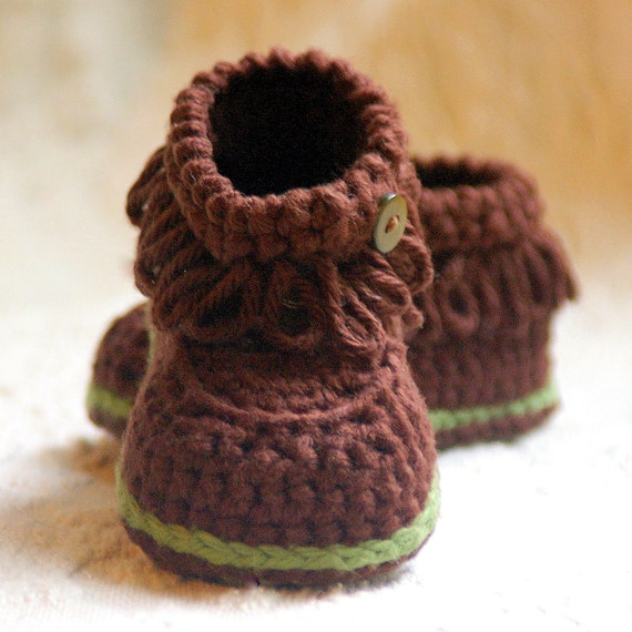 Crochet patterns -  Fringe Baby Booties - PDF pattern  - Pattern number 207 Instant Download kc550