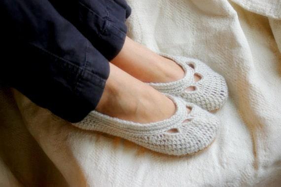 Crochet Pattern for Yoke Ballet House Slipper PDF  Pattern number 110 - Instant Download