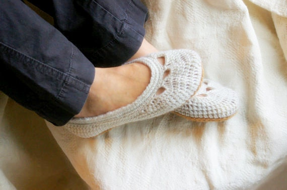 CROCHET PATTERN #110 - Crochet Pattern for Womens House Slippers -Adult Yoke Ballet Flat -  PDF instant download - Shoe pattern - gift