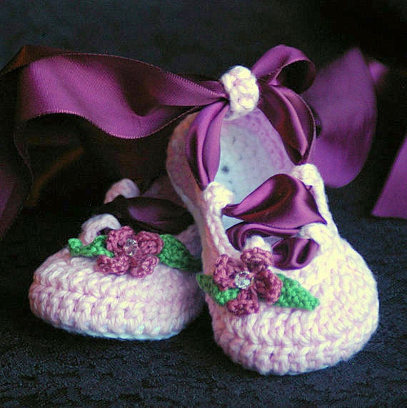 Crochet Baby Ballet Shoes Pattern : Crochet Baby Ballet Slippers Images & Pictures - Becuo