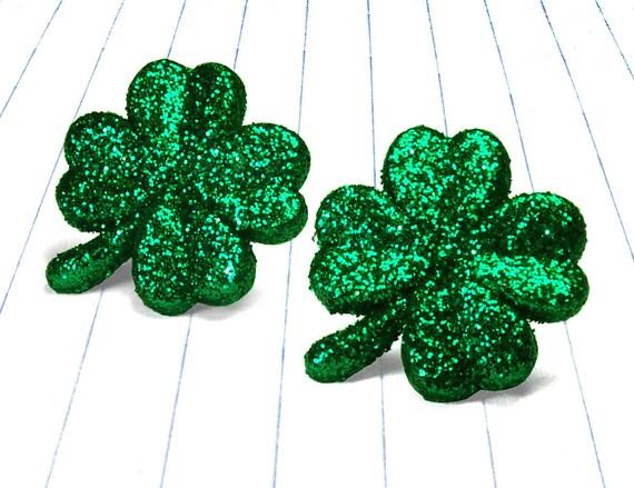 st patricks day earrings - shamrock earrings - clover earrings - clover jewelry - clover studs - four leaf clove  - st patricks day jewelry