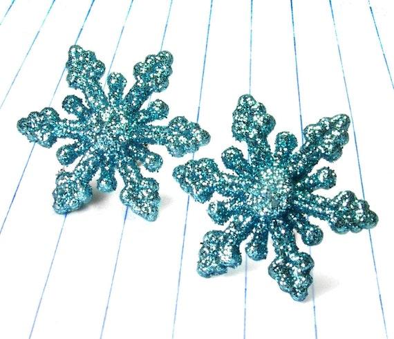 blue snowflake earrings - snowflake earrings - snowflake studs - blue earrings - blue studs - blue jewelry - glitter earrings - glitter stu