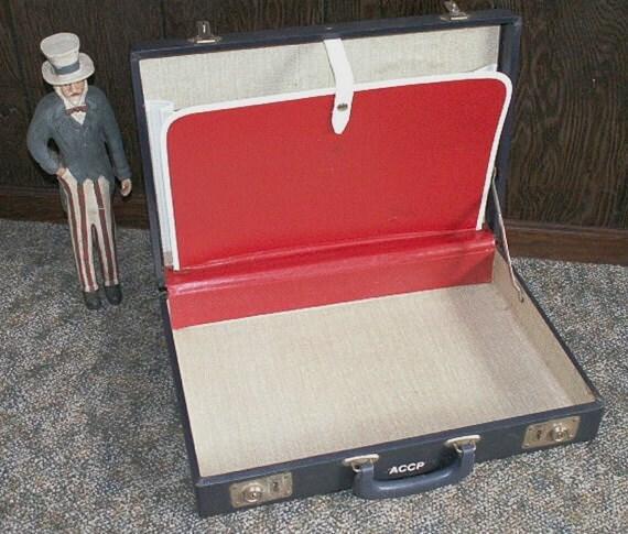 Vintage Briefcase RED WHITE & BLUE