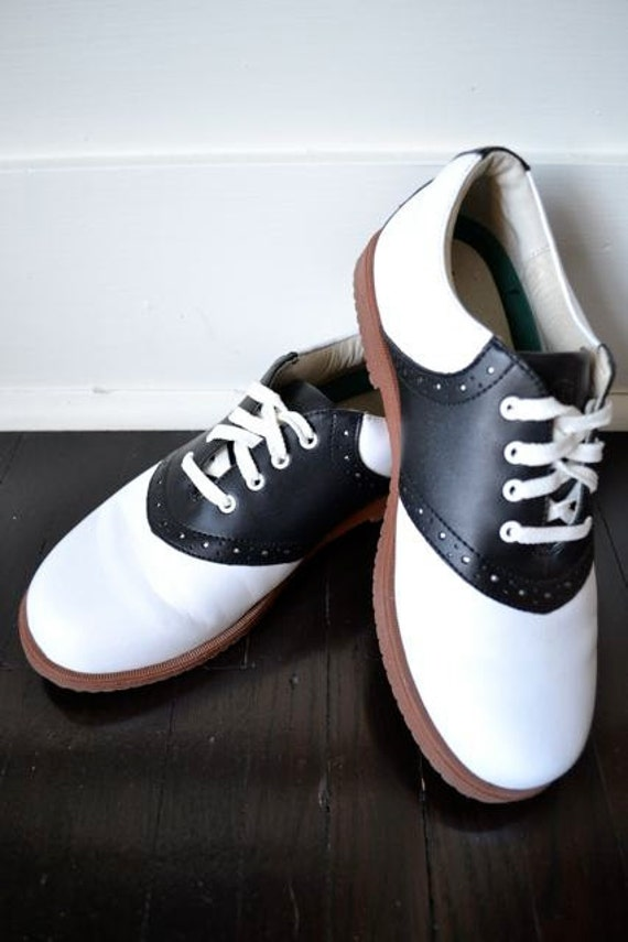 leather saddle shoes preppy shoes black and white leather