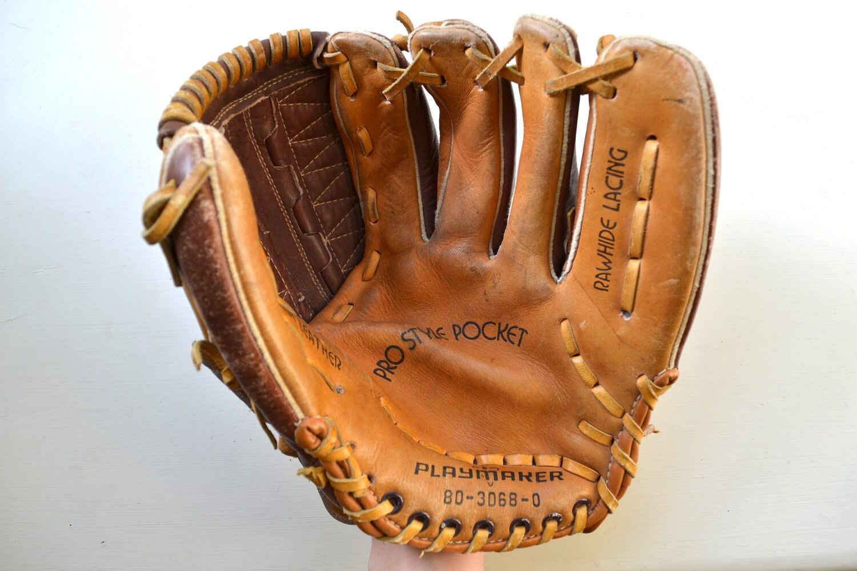 Vintage Baseball Mitt 65
