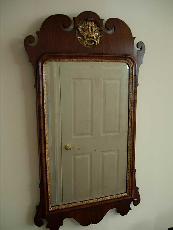 Queen Anne Mirror With Beveled Glass
