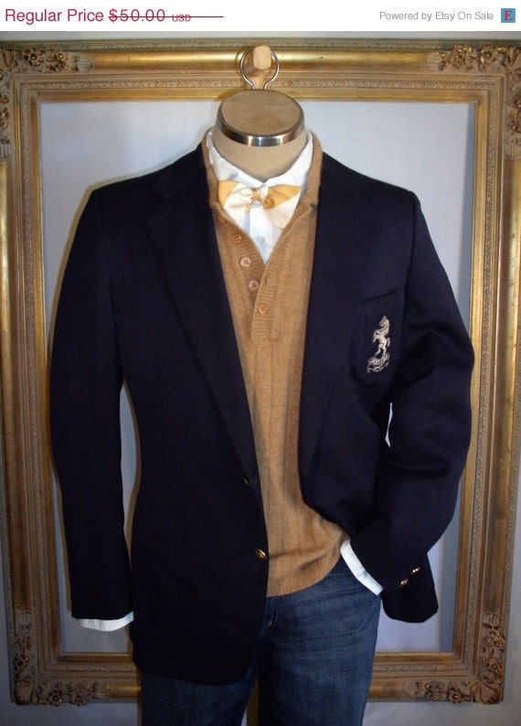 RESERVED for KOFFI Men's Navy Blue Wool Blazer with Stitched Pocket Crest - Size Large