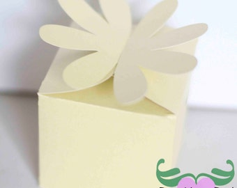 DIY Party, Wedding, Birthdays, & Showers - Daisy Flower Closure Favor Box  - Preassembled option available - 12 boxes per pack