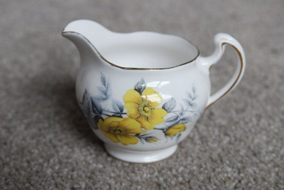 Royal Vale Milk Jug with Yellow Rose Floral Design